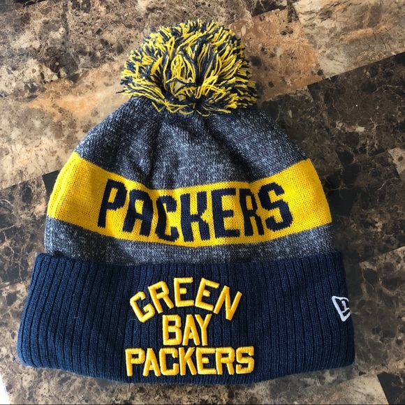 Green Bay Packers Winter Hat. M 5b7419e08158b59cb01bf1e5 6919661699d